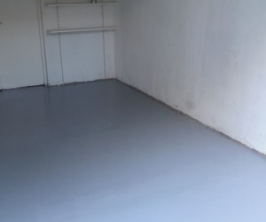 Garage grand volume de plain pied - Photo 1